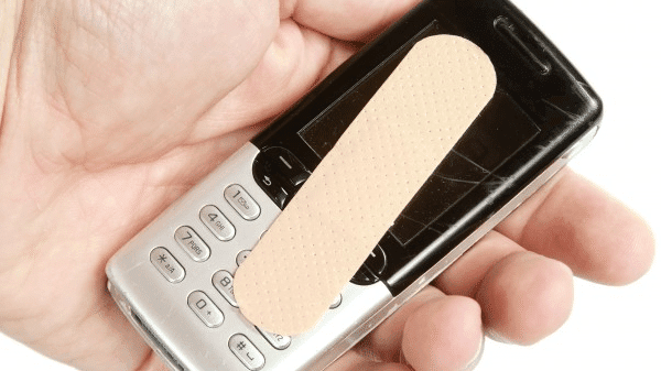 οθόνη κινητού με γρατζουνιές? οι χειρότερες συμβουλές