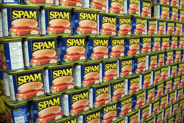 Γιατί τα Ανεπιθύμητα Εmail Ονομάζονται Spam