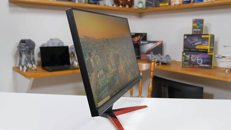 Γωνία θέασης στην οθόνη υπολογιστή